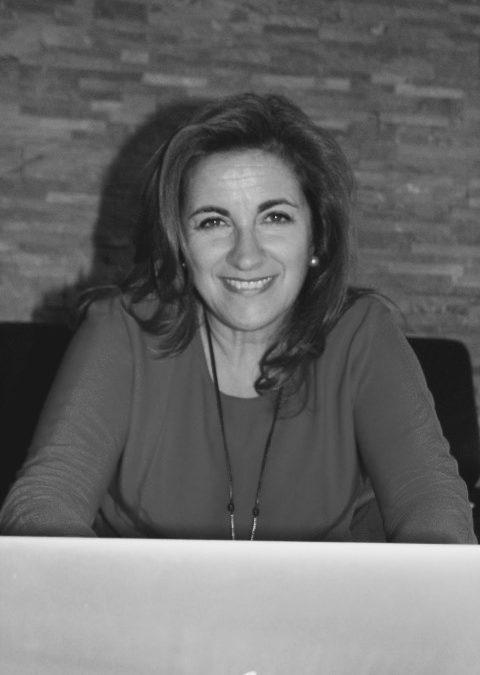 Entrevista de África Hernández, CEO de ideanovasi.com en Radio Inter